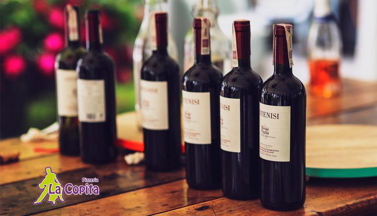Bij La Copita pizzeria in Akkrum krijgt u een gratis fles wijn bij bestelling >40 euro