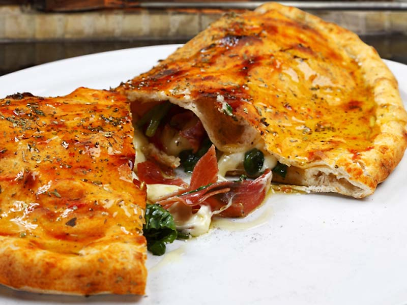 Online lekker gemakkelijk pizza Calzone bestellen