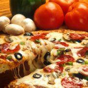 vegetarische pizza bestellen in italiaans restaurant akkrum