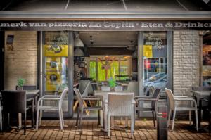 In het hartje van Akkrum (Friesland) vindt u het gezellige restaurant La Copita